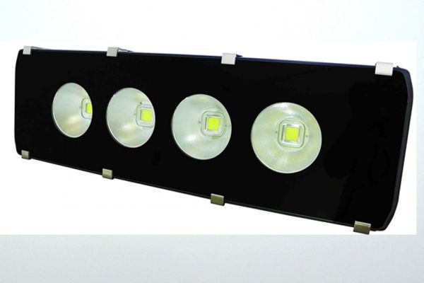 led200t22lmF12E2A79-6929-6FA9-9336-3E023B004802.jpg
